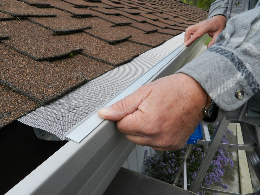 Home Made In America: Gutterglove, Gutter Guards