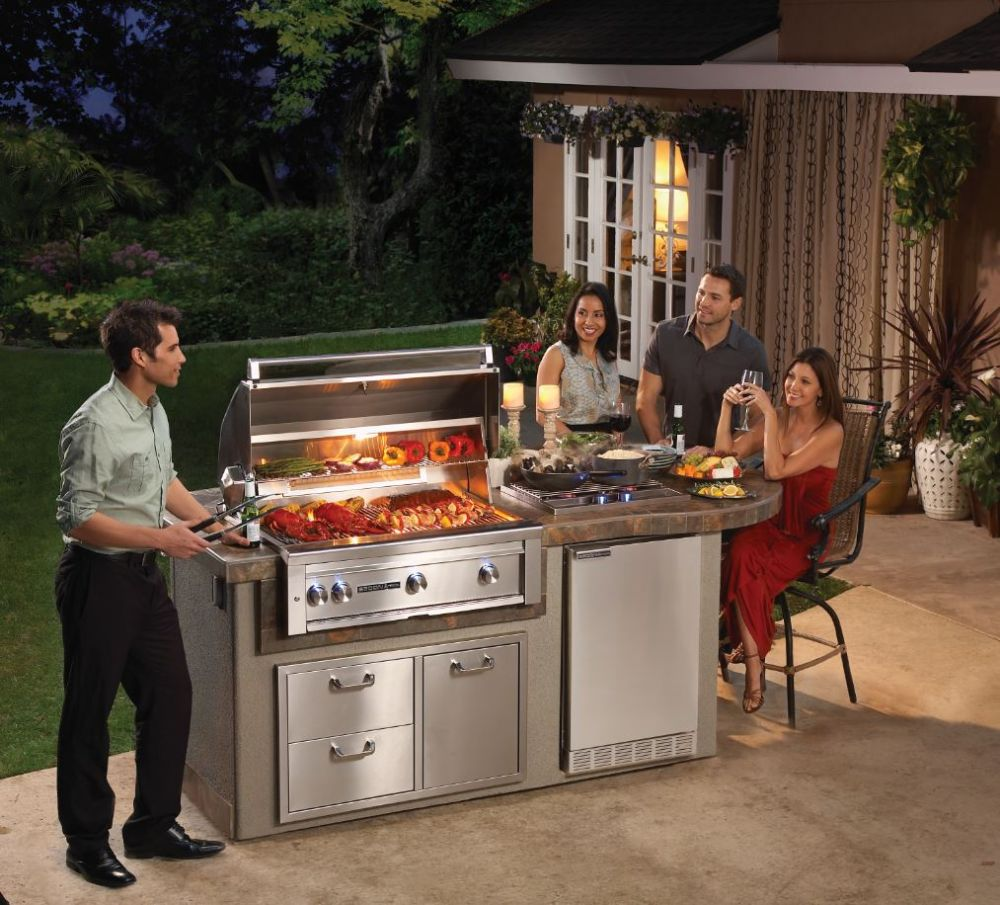 Kitchen Made In America: Lynx Professional Grills, Outdoor Grills and Appliances
